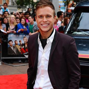 Olly Murs says he'll pose naked if he gets to No 1