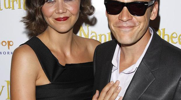 Maggie Gyllenhaal and Peter Saarsgard are to star in a biopic together