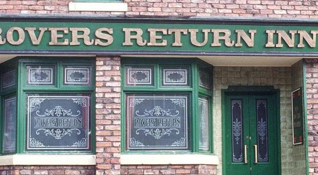 A live episode of Coronation Street will be aired to celebrate its 50th anniversary