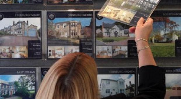The average price of UK property was down 0.9% during August, according to Nationwide