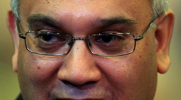 Keith Vaz claims the cap should pass the scrutiny of parliament before it is brought into force