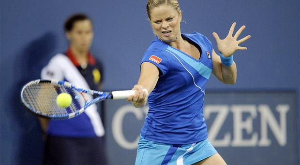 Kim Clijsters will meet Venus Williams in the US Open semi-final