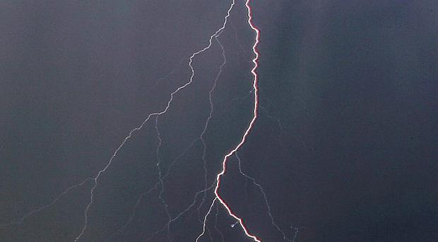 Lightning has killed four people at a wedding in Mauritania