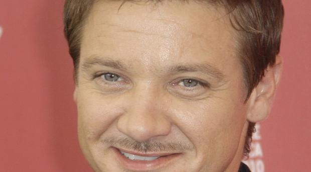 Jeremy Renner may replace Colin Farrell in Virtue Fall