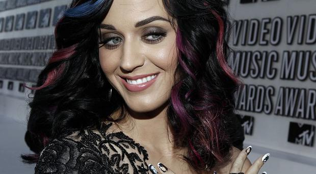 Katy Perry had Russell Brand painted on her nails