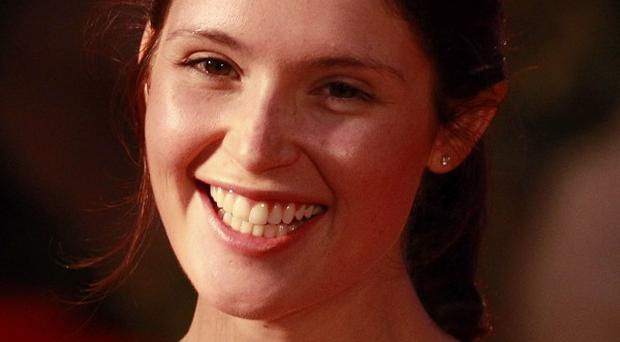 Gemma Arterton is apparently in talks to star in All Apologies