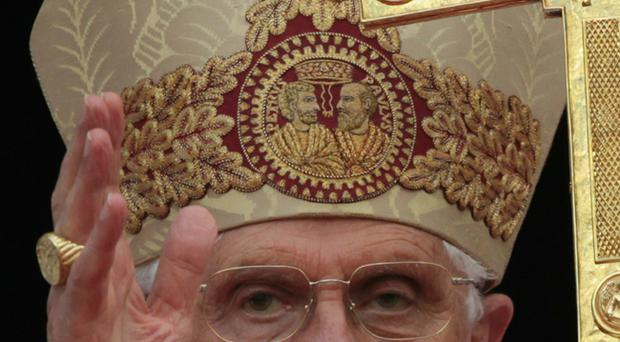 Pope Benedict XVI addresses pilgrims who have gathered in Westmister Cathedral Piazza