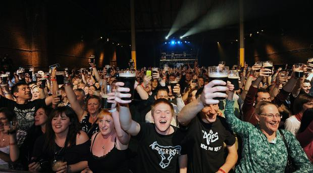 people raise a pint of Guinness to celebrate Arthurs Day. Pic credit; Damien Eagers 23/9/2010