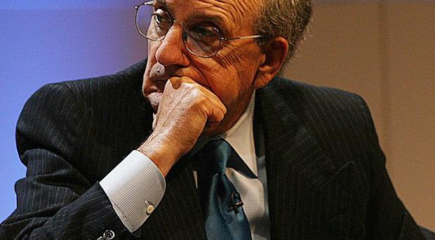 George Mitchell is on his way to the Middle East in an urgent bid to salvage stalled peace talks