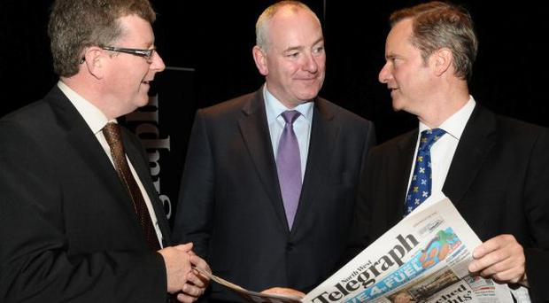 Belfast Telegraph Editor Mike Gilson with, right with Londonderry Chamber of Commerce President Jim Sammon and Foyle MP Mark Durkan.