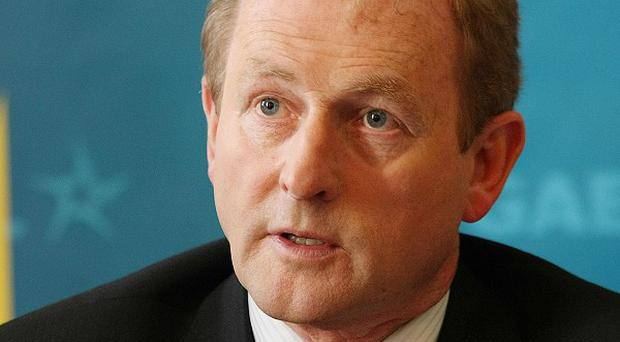 Fine Gael leader Enda Kenny has shot down any prospect of a national government to lead the country out of the economic crisis