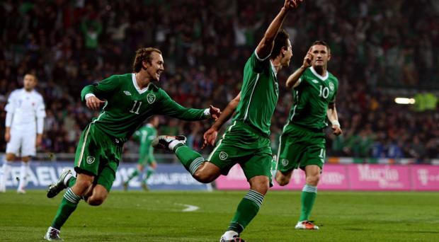 116775f5a9 Republic of Ireland s Sean St Ledger (centre) celebrates his goal against  Slovakia during the