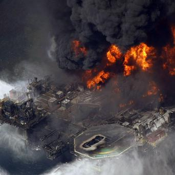 A US judge has ordered tests on the cement used to seal the BP oil well that blew out in the Gulf of Mexico