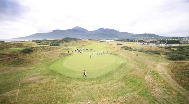 Walker Cup Practice.6/9/2007 The 11th Hole, Walker Cup Practice at Royal County Down, Newcastle, Co.Down, Northern Ireland.Mandatory Credit ©INPHO/Russell Pritchard