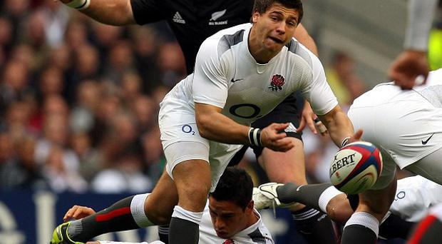 Ben Youngs (centre)