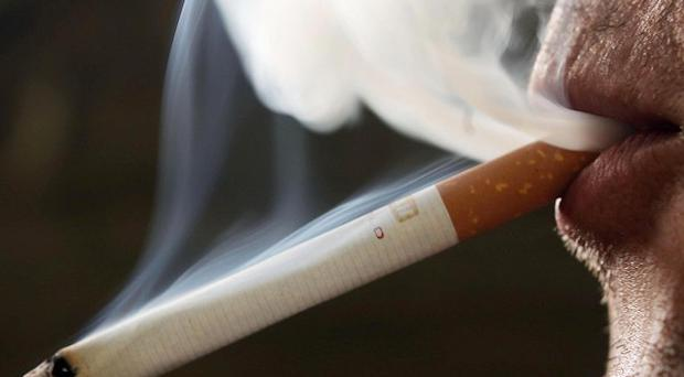 Cigarette packs in the US will feature horrid images, including those of damaged lungs