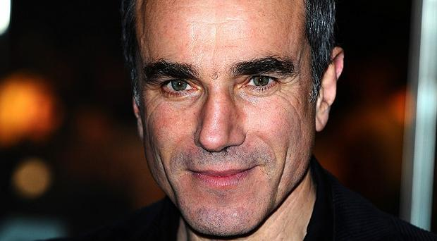 Daniel Day-Lewis is to star in the forthcoming Steven Spielberg-directed film Lincoln