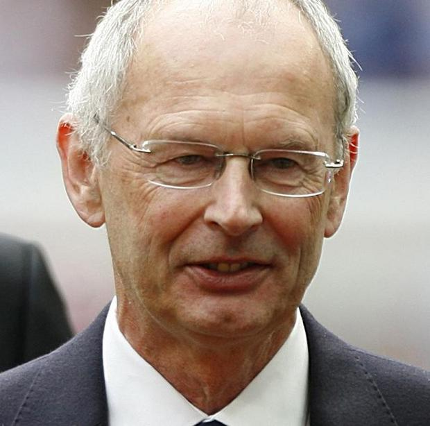 Acting chairman of the FA Roger Burden said Fifa could not be trusted