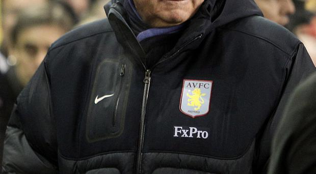 Aston Villa manager Gerard Houllier on the touchline during the Barclays Premier League match at Anfield, Liverpool. PRESS ASSOCIATION Photo. Picture date: Monday December 6, 2010. Photo credit should read: Peter Byrne/PA Wire. RESTRICTIONS: Use subject to restrictions. Editorial print use only except with prior written approval. New media use requires licence from Football DataCo Ltd. Call +44 (0)1158 447447 or see www.pressassociation.com/images/restrictions for full restrictions.