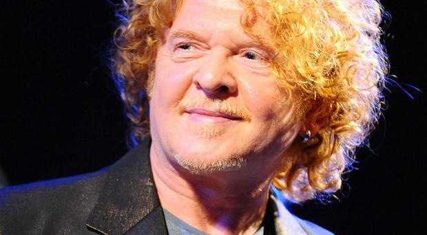 Mick Hucknall issued 'a public apology' to the women he slept with