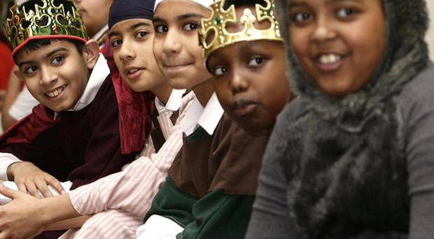 Parents should be free to photograph their children in nativity plays, the Information Commissioner has said