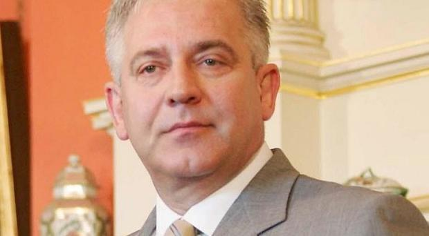An arrest warrant has been issued for former Croatian prime minister Ivo Sanader