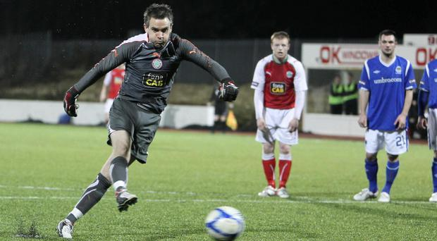 Cliftonville 3 Linfield 1