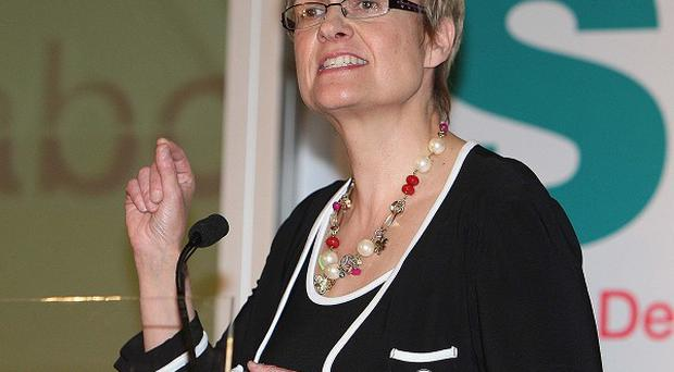 SDLP leader Margaret Ritchie has warned against a stop-gap one-year budget