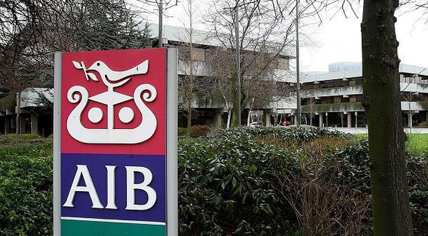 Allied Irish Banks has revealed that it will not pay the controversial 40 million euro in bonuses to staff members