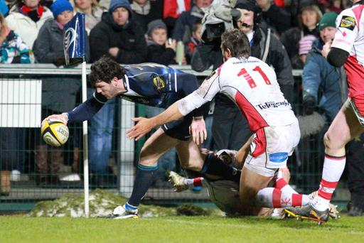 Magners League, Ulster v Leinster, Ravenhill, Belfast. Leinster's Shane Horgan scores in the corner
