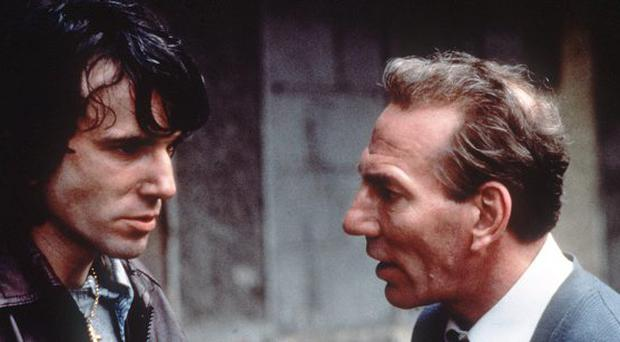 Pete Postlethwaite and Daniel Day-Lewis in In The Name of the Father