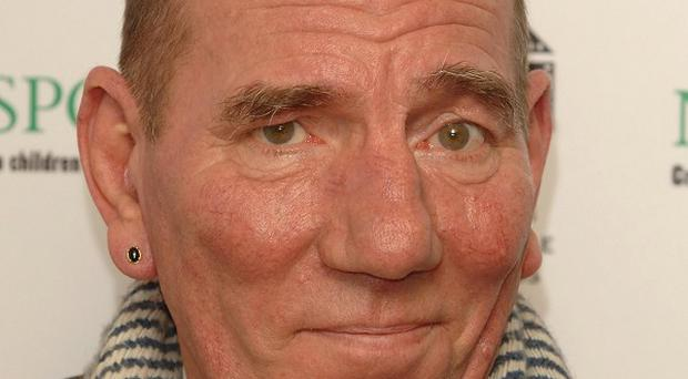 Pete Postlethwaite has died at the age of 64