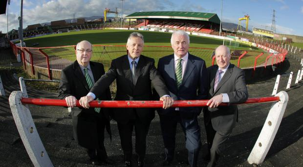 :Welcoming a new dawn for Glentoran are (from left) Vice-Chairman Aubry Ralph, First Minister Peter Robinson, Chairman, Terence Brannigan and Robin Newton MLA.