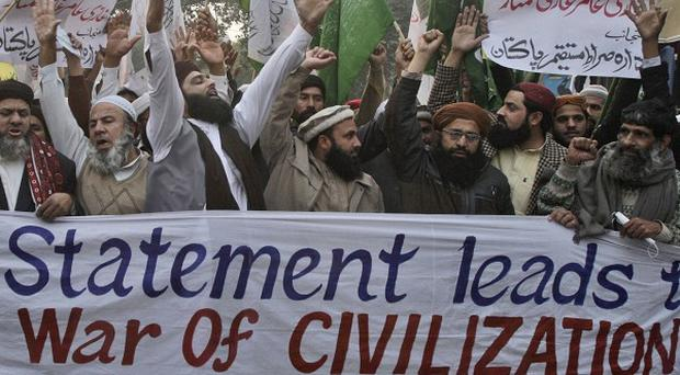 Protesters chant slogans against recent statements by Pope Benedict XVI in Lahore, Pakistan (AP)