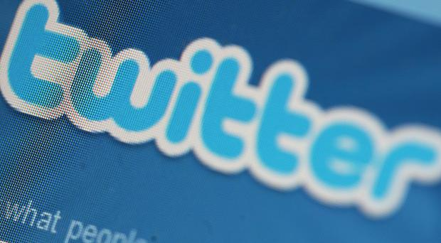 MPs can use Twitter while sitting in the Commons, it has been ruled