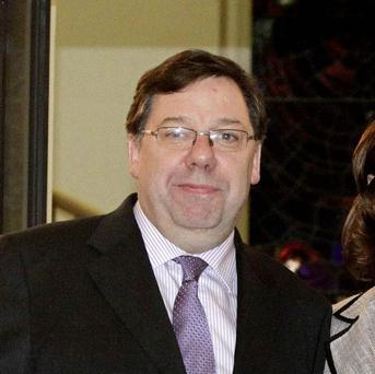 Taoiseach Brian Cowen is set to discuss the economy in Armagh