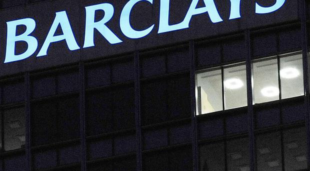 Barclays is to move away from offering financial planning advice through its retail branches, which will lead to around 1,000 job losses
