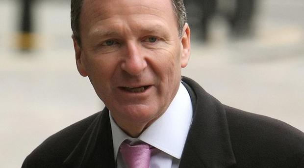 Cabinet Secretary Sir Gus O'Donnell told the Iraq Inquiry there were insufficient records to fully examine the decision to go to war