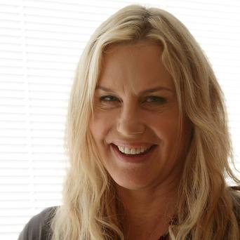 Daryl Hannah is reportedly set to star in a big-screen version of Snuff