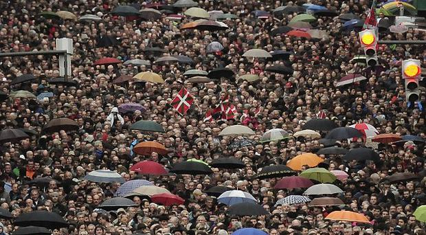 Thousands of pro independence demonstrators march in Bilbao (AP)