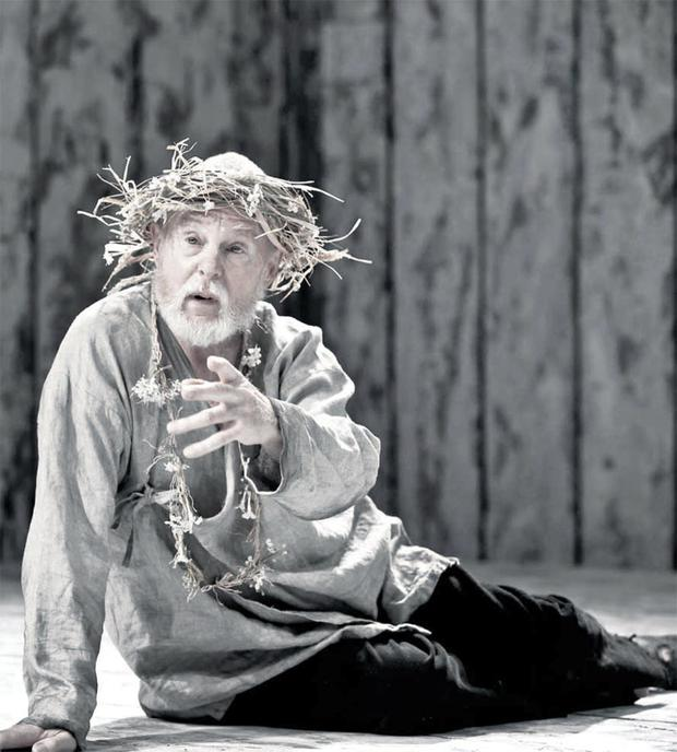 Esteemed actor Sir Derek Jacobi's performance as King Lear at the Grand Opera House last night was a magnificent masterclass in acting