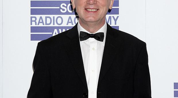 Frank Skinner doesn't feel completely sober despite giving up drink