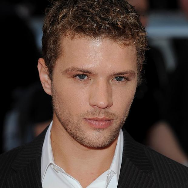 Ryan Phillippe has to have dates at home