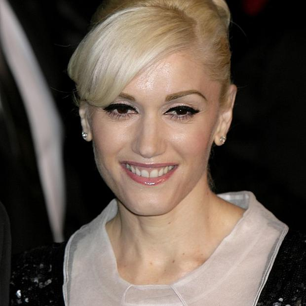 Gwen Stefani has donated one million dollars to help victims of the Japanese earthquake and tsunami