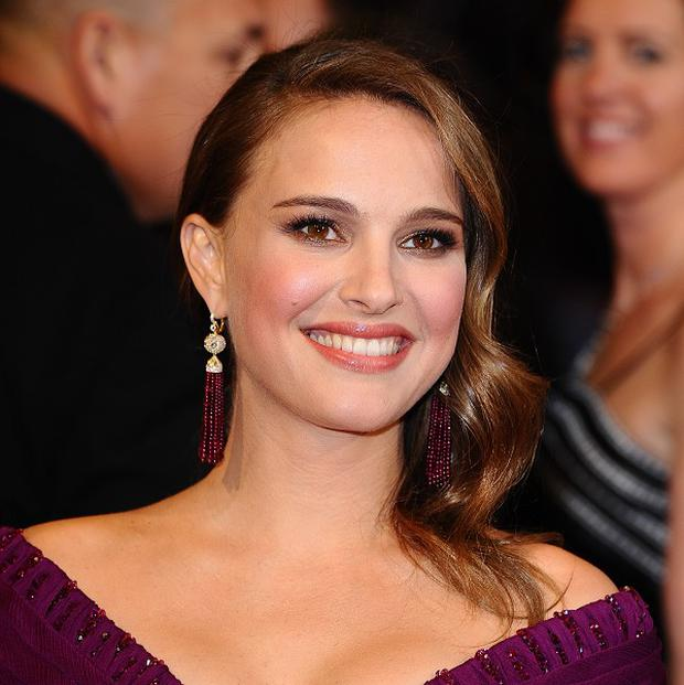 Natalie Portman's fiance has said the star did most of her own ballet dancing in Black Swan