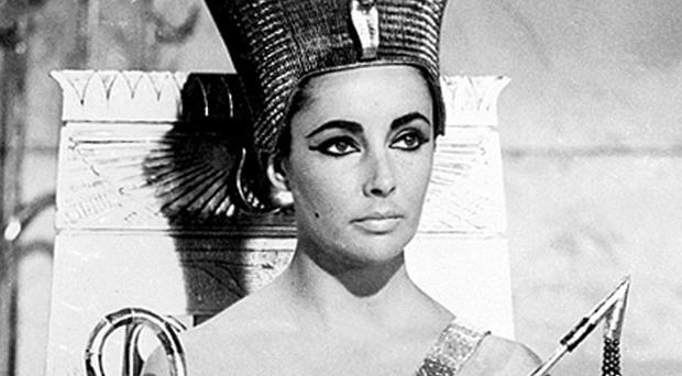Broadway will dim its lights in memory of Elizabeth Taylor