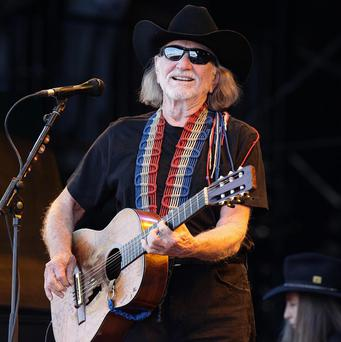 A Texas prosecutor has asked Willie Nelson to sing in court
