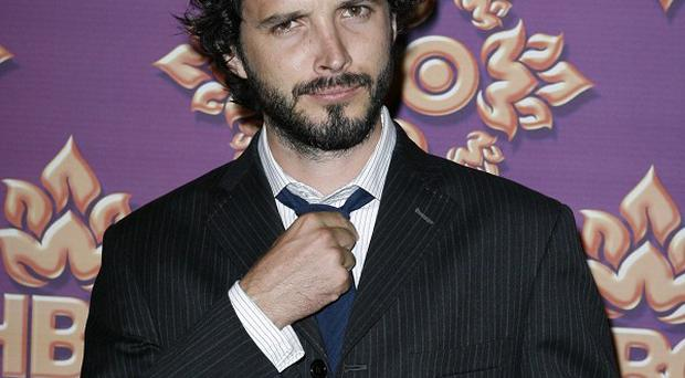 Bret McKenzie is said to be playing an elf in the new Hobbit film