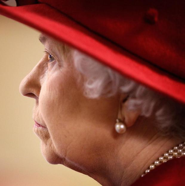 Britain's Queen Elizabeth is to tour a number of historically significant sites from May 17 to 20