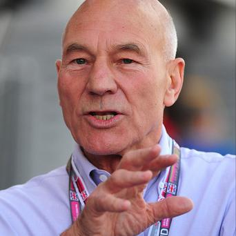 Sir Patrick Stewart has declared his wish to be allowed an assisted death